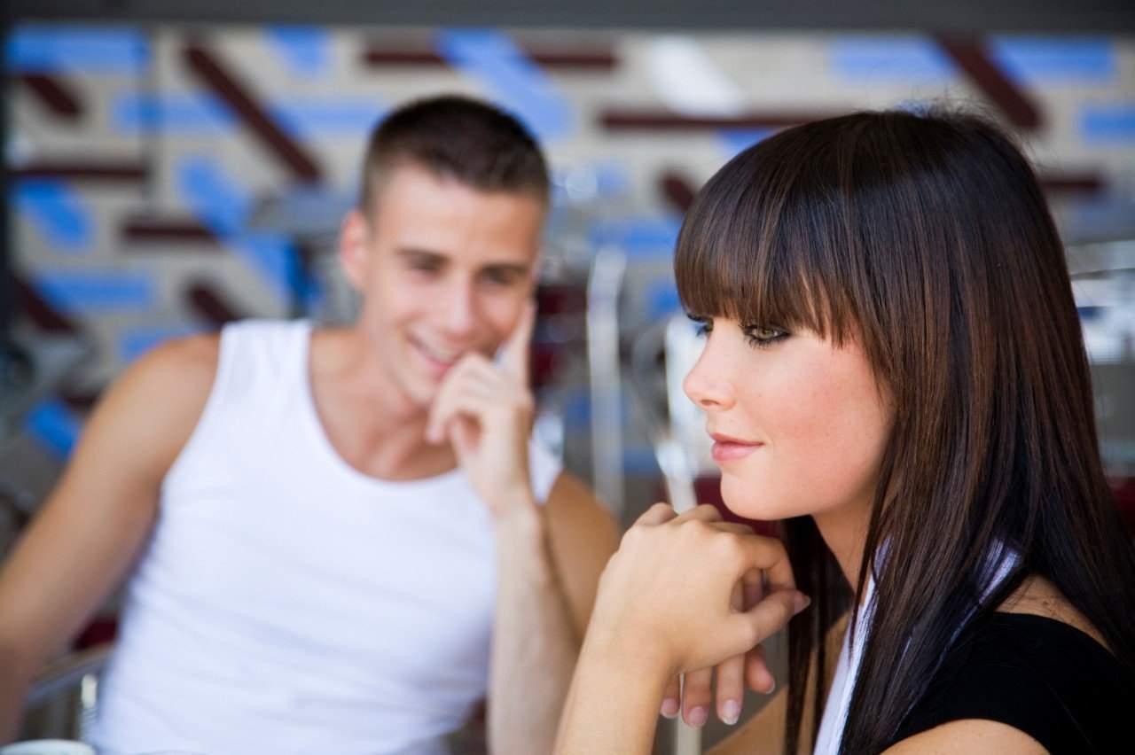Это работает: 8 признаков того, что мужчина тебя хочет