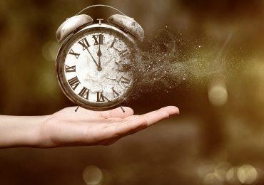 Почему в последнее время время летит так быстро?