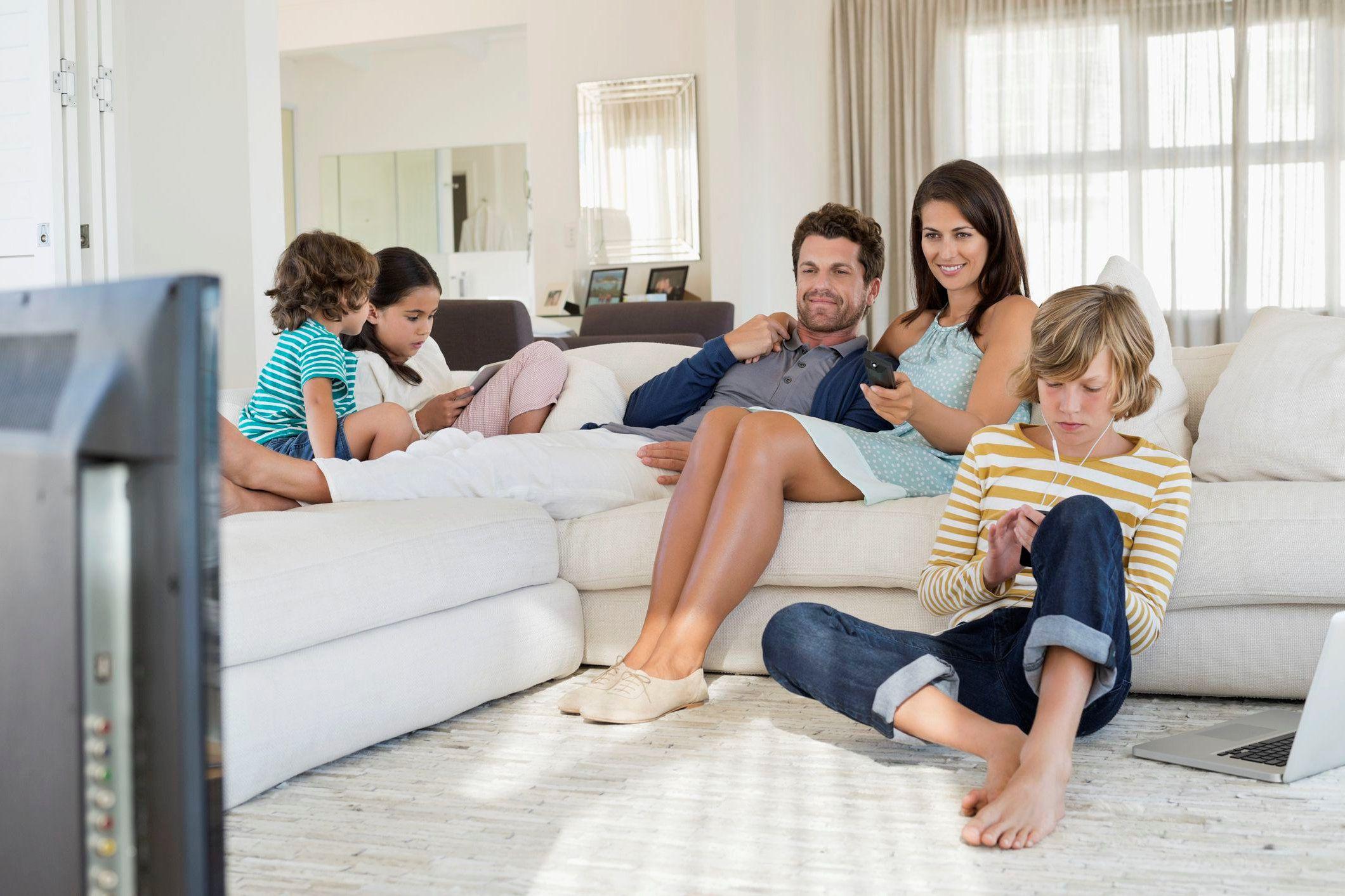 картинки семья отдыхает дома можете купить мотоциклы